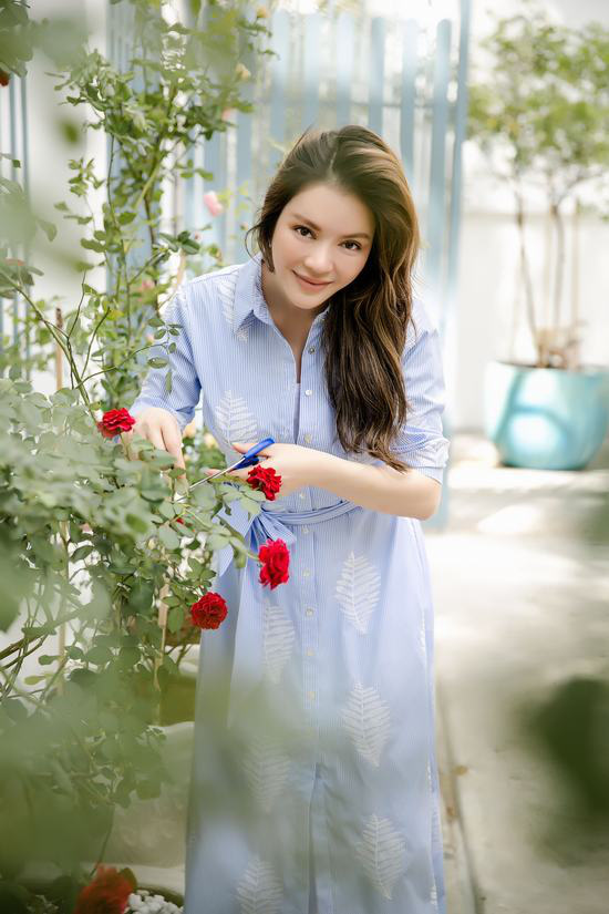 Hậu chia tay, Lý Nhã Kỳ tìm bình yên bên căn nhà đầy hoa hồng ở Đà Lạt 1