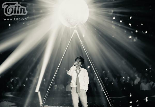 Concert 'Inner Me': Bữa tiệc âm nhạc thăng hoa cùng cảm xúc, đưa Vũ Cát Tường lên đỉnh 'điên' mới trong sự nghiệp 3