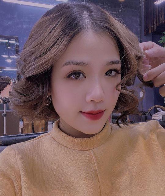 Nhan sắc xinh đẹp của bạn gái 'tin đồn' mới của Quang Hải.