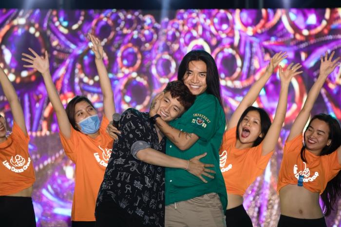 BB Trần bất ngờ xuất hiện trong buổi tổng duyệt liveshow Ngô Kiến Huy 4