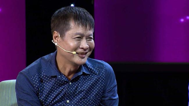 Quyền Linh tức giận tranh cãi 'đỏ mặt tía tai' ngay trên sóng truyền hình khi Lê Hoàng khẳng định 'ngoại tình rất hấp dẫn' 4