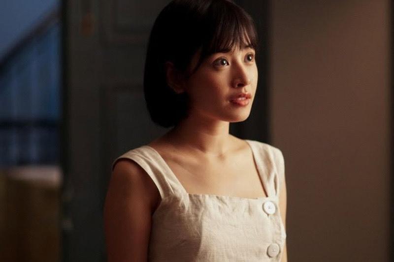 Vai 'Em gái Hóc Môn' được Chi Pu thể hiện linh hoạt trong Chị Chị Em Em - Ảnh: Lui studio