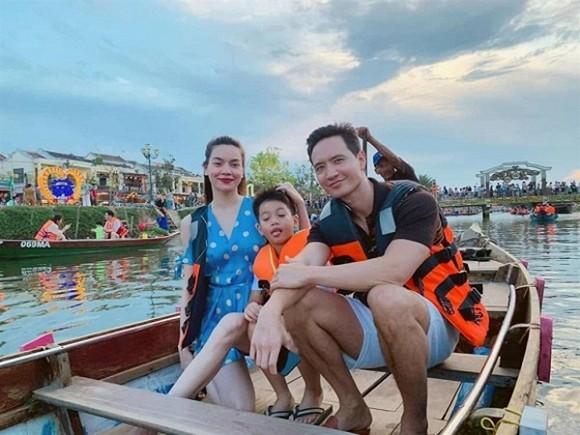 Hồ Ngọc Hà khoe ảnh gia đình, hành động của Kim Lý và Subeo gây chú ý 5