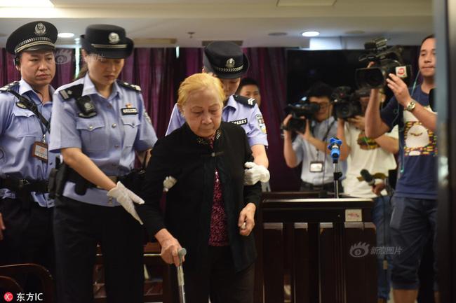 Bà Hoàng - người mẹ già 84 tuổi ra tay giết con khiến dư luận Trung Quốc dậy sóng.
