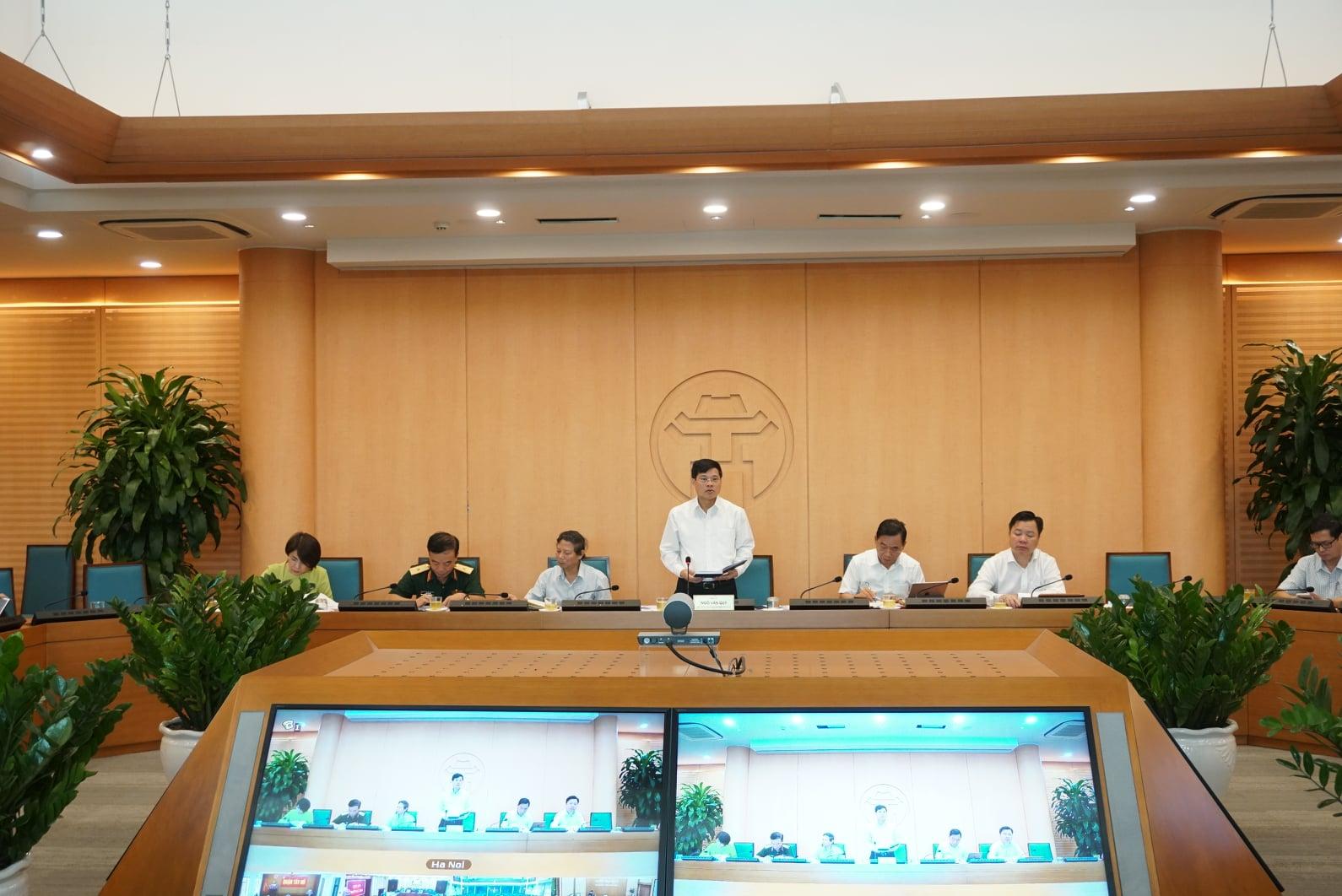 Phó Chủ tịch UBND TP Hà Nội Ngô Văn Quý chủ trì phiên họp trực tuyến thứ 65 về chống dịch COVID-19.