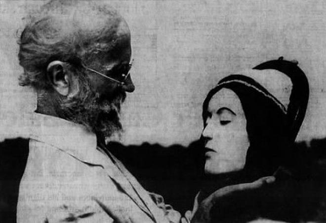Vị bác sĩ bất chấp đi ăn trộm xác chết về để... yêu: Chuyện tình kinh dị có thật của thế kỷ 20 0