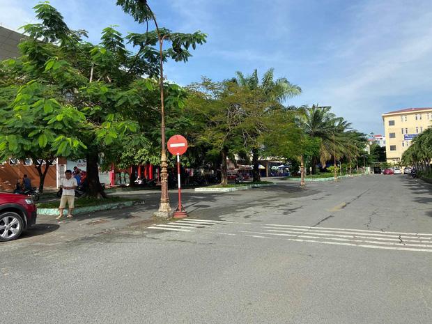Sân ga Sài Gòn vắng hơn mọi năm trong thời điểm mở bán vé tàu Tết Nguyên đán.