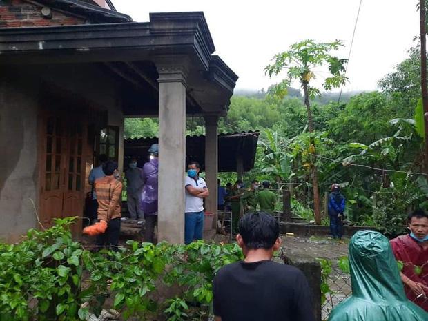 Ngôi nhà nơi phát hiện thi thể cô gái trẻ đang bị phân hủy nặng
