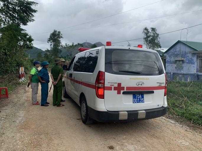 Tìm thấy 7 thi thể đầu tiên trong Đoàn cán bộ công tác gặp nạn ở khu Rào Trăng 3 4