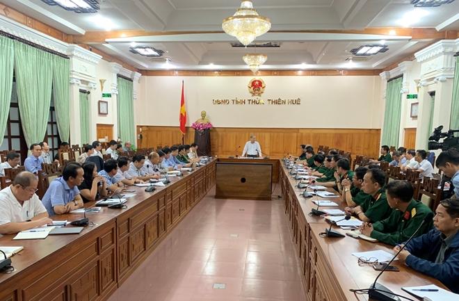UBND tỉnh Thừa Thiên Huế, Quân khu 4 cùng các lực lượng chức năng họp bàn phương án CHCN các nạn nhân tại thủy điện Rào Trăng 3.