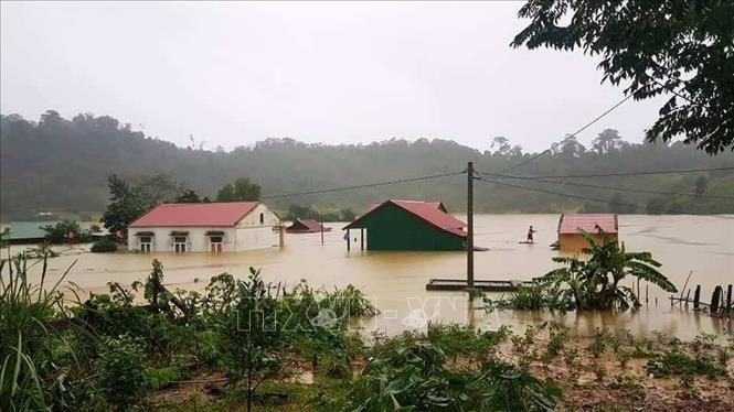 Hiện tại, tỉnh Quảng Bình có 59 bản/8xã /04 huyện biên giới bị chia cắt do mưa lũ.
