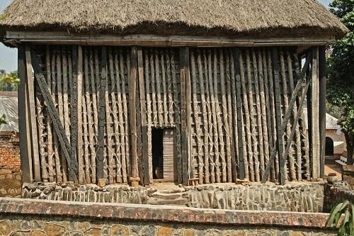 Đền thờ Achum - trung tâm tâm linh của Bafut. Ảnh: wmf.org