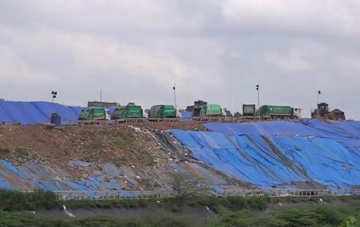 Hà Nội lập tổ công tác xử lý tồn tại ở bãi rác Nam Sơn 0