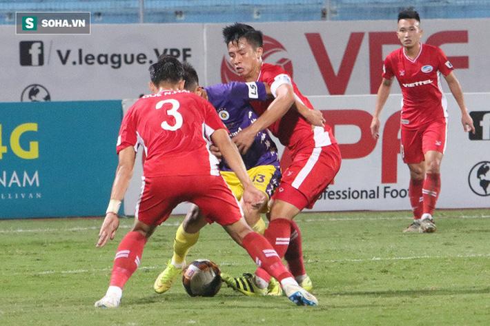 Kết quả hòa 0-0 giúp Viettel bảo vệ được ngôi đầu bảng và nắm trong tay quyền tự quyết trong cuộc đua vô địch. Đây cũng là trận đấu mà Quế Ngọc Hải, Bùi Tiến Dũng cùng hàng phòng ngự Viettel đã chơi đầy nỗ lực và có được thành quả xứng đáng.