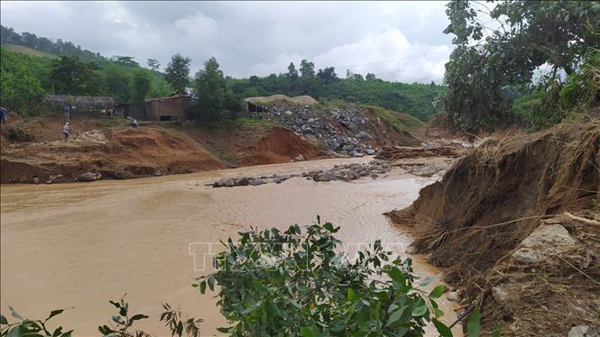 Tìm được 5 thi thể bị vùi lấp do sạt lở đất tại huyện Phước Sơn, Quảng Nam 5