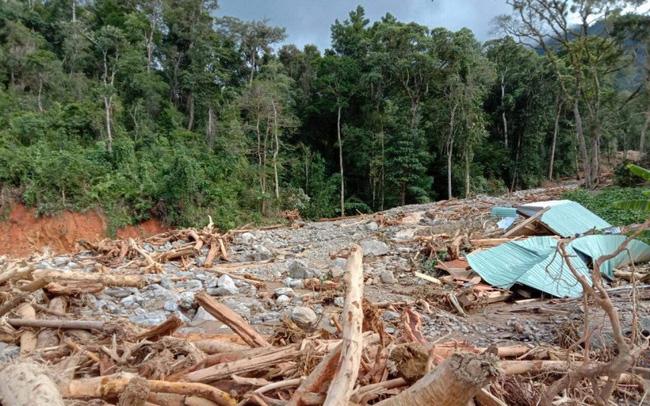 Tìm được 5 thi thể bị vùi lấp do sạt lở đất tại huyện Phước Sơn, Quảng Nam 0
