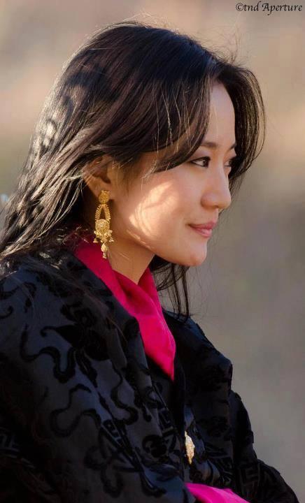 Góc nghiêng đẹp hoàn hảo của bà Yeatso Lhamo.