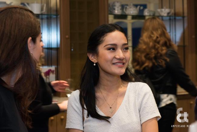 Gia đình cực phẩm của Hoàng hậu 'vạn người mê' Bhutan: Em trai làm phò mã, chị gái xinh đẹp kết hôn với hoàng tử 8