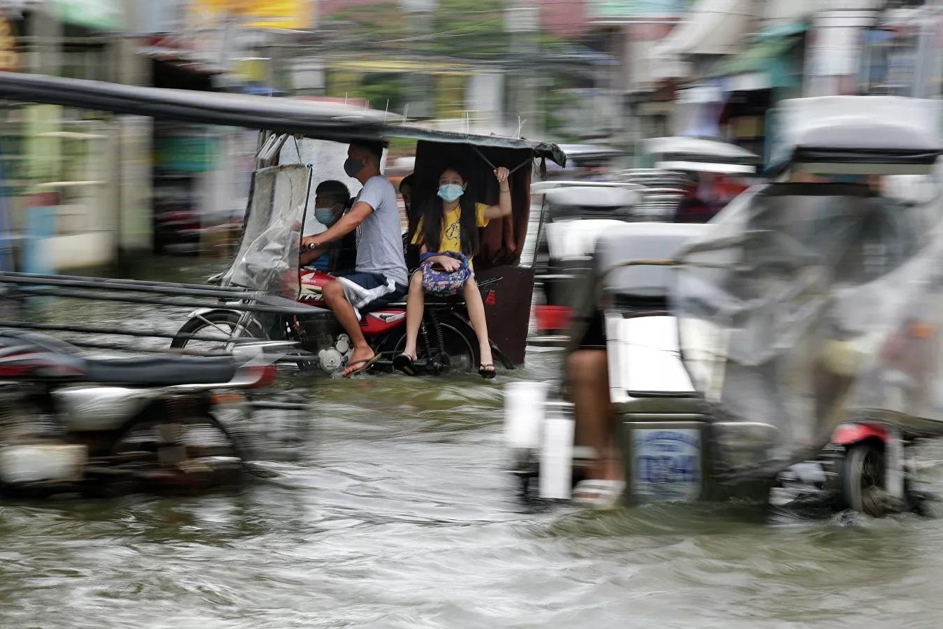 Ảnh hưởng sau cơn bão Molave ở Philippines.