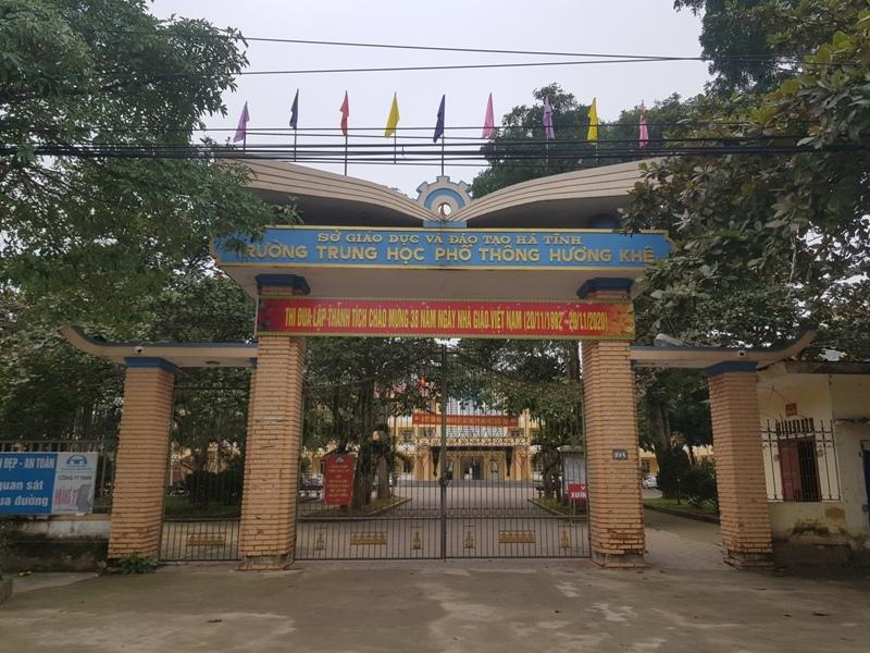 Trường THPT Hương Khê nơi thầy Th. công tác