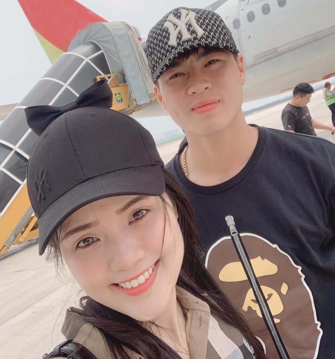 Tin vui đầu năm: Cầu thủ Duy Mạnh cầu hôn bạn gái Quỳnh Anh giữa phố đi bộ Nguyễn Huệ 4
