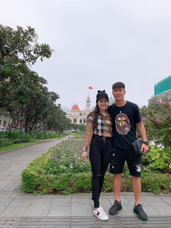 Tin vui đầu năm: Cầu thủ Duy Mạnh cầu hôn bạn gái Quỳnh Anh giữa phố đi bộ Nguyễn Huệ 5