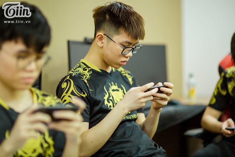 Ara là game thủ mạnh và hữu ích đối với tất cả những đội tuyển Liên Quân Mobile nào sở hữu anh chàng