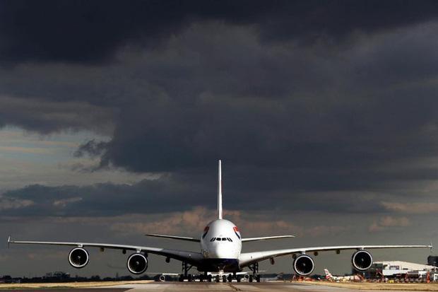 Những trường hợp hoãn chuyến bay kỳ lạ và lâu nhất thế giới, có chuyến bị delay tới tận 160 tiếng 4