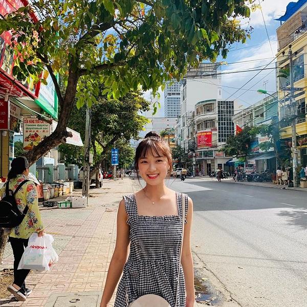Nét đẹp 'dễ chịu' của Kim Hye Yoon.
