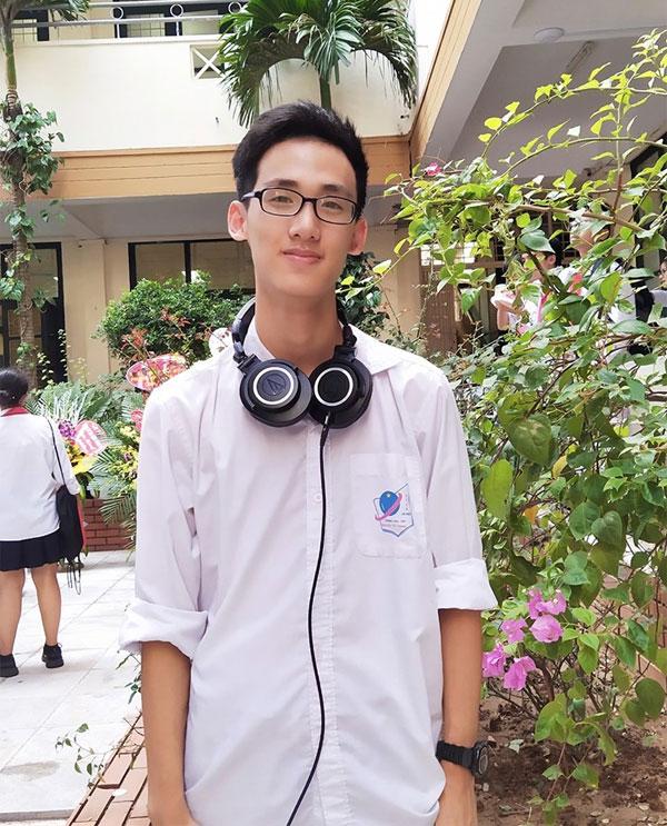 Chàng trai 17 tuổi chinh học phục bổng 5,5 tỷ từ đại học danh tiếng Mỹ 0