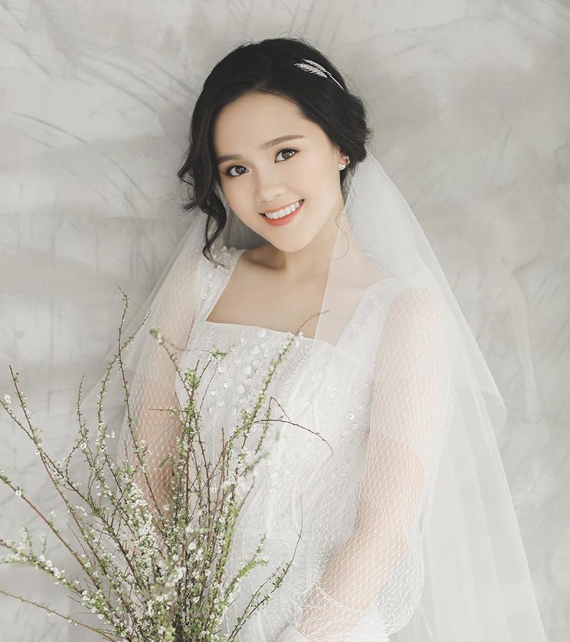 'Công chúa béo' Quỳnh Anh - Vợ cầu thủ Duy Mạnh