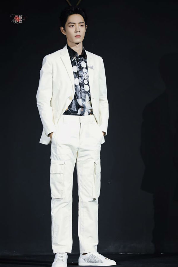 Cùng nổi lên từ 'Trần Tình Lệnh', Tiêu Chiến – Vương Nhất Bác lại sở hữu 2 phong cách thời trang đối lập 3