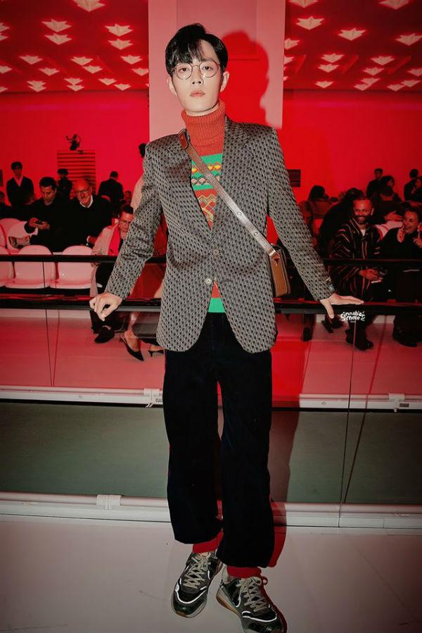 Cùng nổi lên từ 'Trần Tình Lệnh', Tiêu Chiến – Vương Nhất Bác lại sở hữu 2 phong cách thời trang đối lập 11