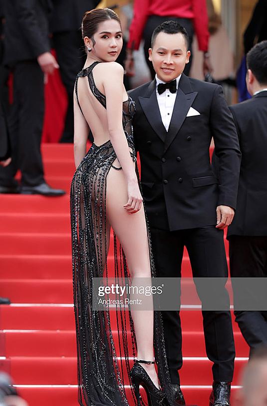 Trong suốt sự nghiệp, Ngọc Trinh dính không ít tai tiếng. Mới đây nhất là màn diện phản cảm trên thảm đỏ LHP Cannes