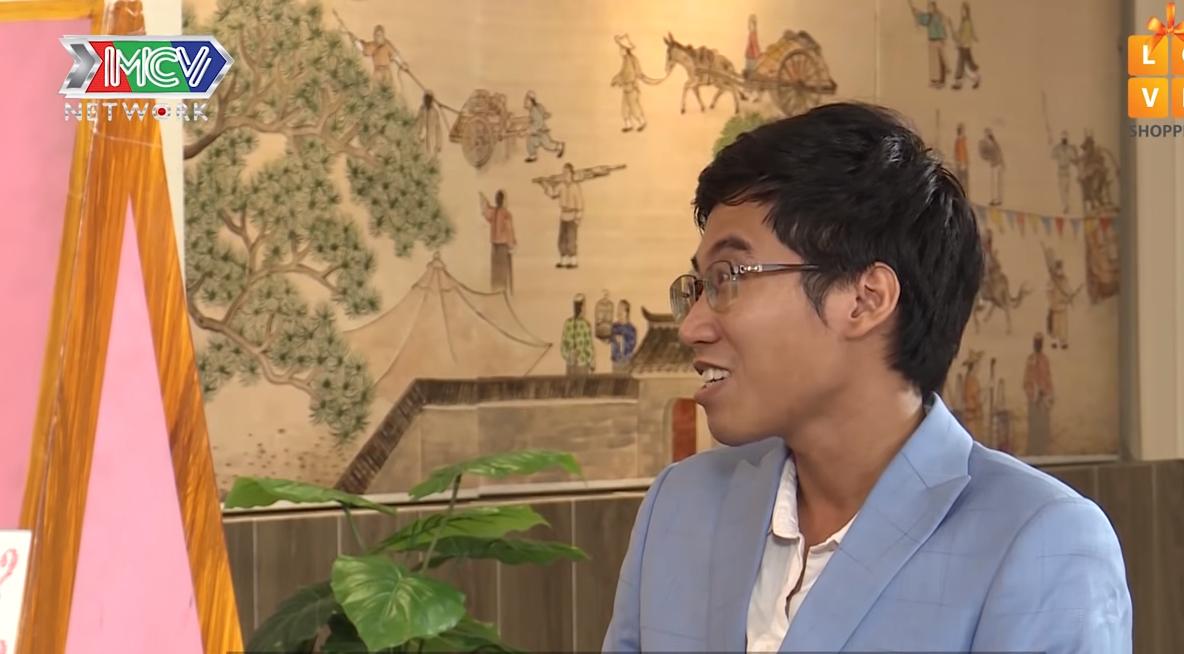 Minh Khang (31 tuổi, kỹ sư phần mềm) nói từng hủy hôn vợ sắp cưới vì phía nhà gái mời khách đông hơn nhà trai. Điều đáng nói là nhà trai chỉ mời có 3 bàn, phía nhà gái mời 15 bàn, sau đó đã phải giảm xuống còn 13 bàn nhưng không khiến chàng trai hài lòng.