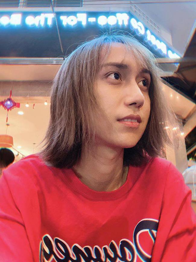 Gương mặt khác lạ như hotboy Trung Quốc, 'thánh cover' Lynk Lee phẫu thuật thẩm mỹ? 2
