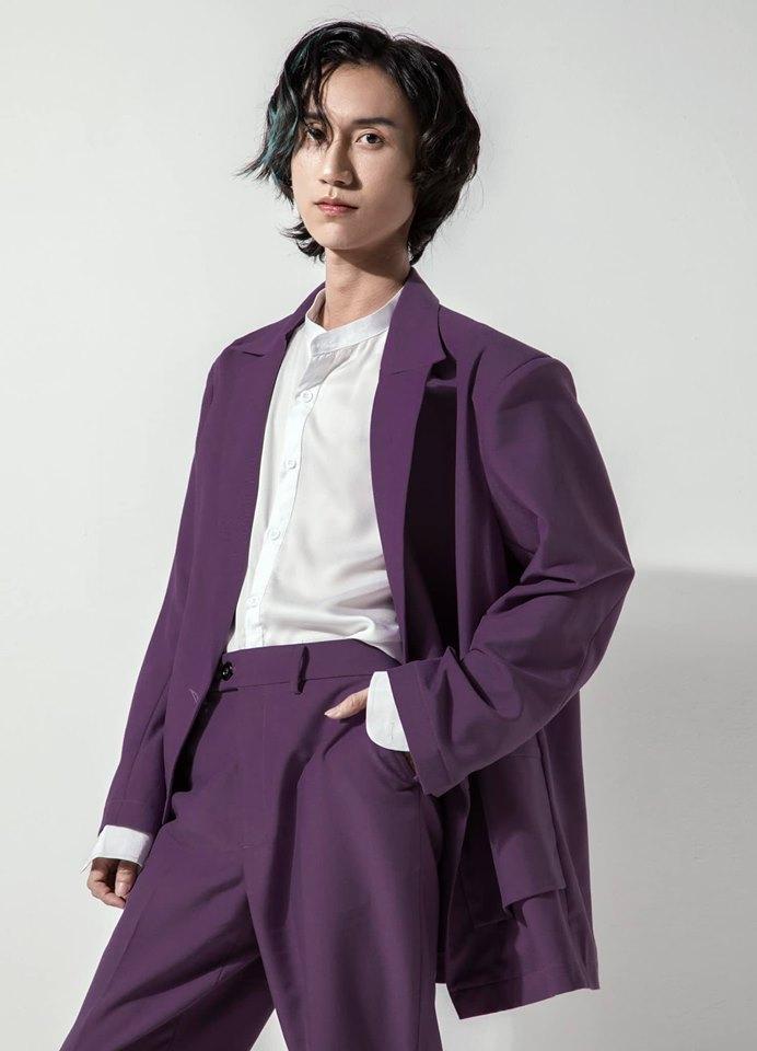Gương mặt khác lạ như hotboy Trung Quốc, 'thánh cover' Lynk Lee phẫu thuật thẩm mỹ? 4