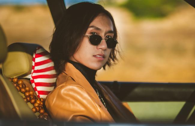 Lynk Lee tái xuất cực điển trai trong MV mới.