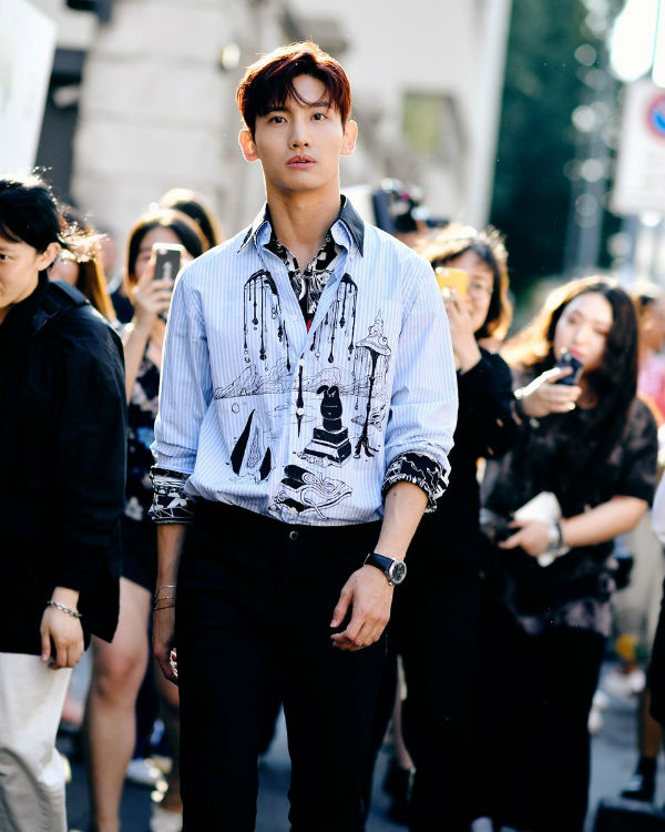 Không hổ danh là 'vườn bông xuất sắc', dàn idol nhà SM nhiều lần tỏa sáng tại các tuần lễ thời trang quốc tế 0