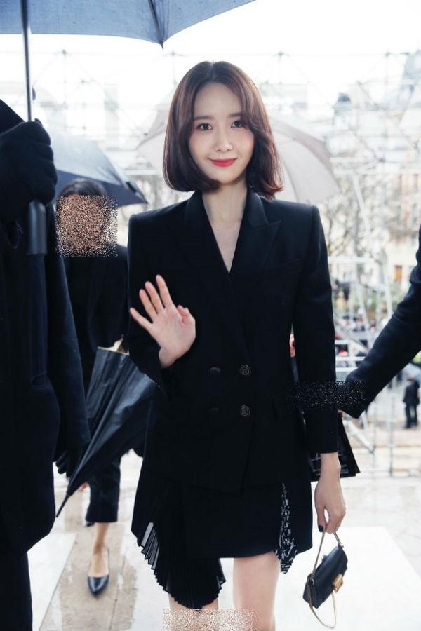 Không hổ danh là 'vườn bông xuất sắc', dàn idol nhà SM nhiều lần tỏa sáng tại các tuần lễ thời trang quốc tế 3