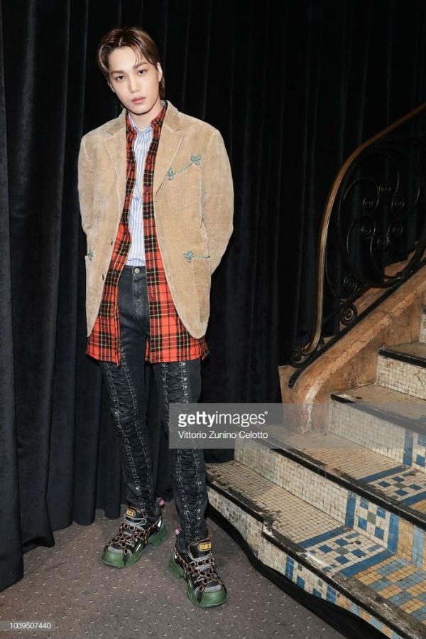 Kai đem gu thời trang phá cách tới show diễn của Gucci thuộc khuôn khổ Paris Fashion Week 2018
