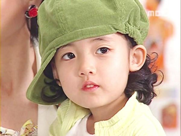 Những diễn viên nhí Hàn Quốc nổi đình đám cách đây 10 năm giờ ra sao? 8