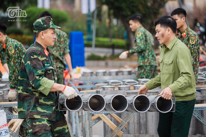 Hồ Tây là một trong 30 điểm bắn pháo hoa phục vụ người dân trong dịp Tết Canh Tý 2020 tại Thủ đô.