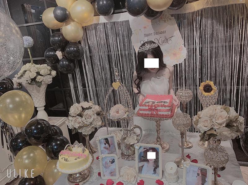 Thuê 'siêu xe' để đưa đón bạn bè tới bữa tiệc sinh nhật 'sang chảnh'