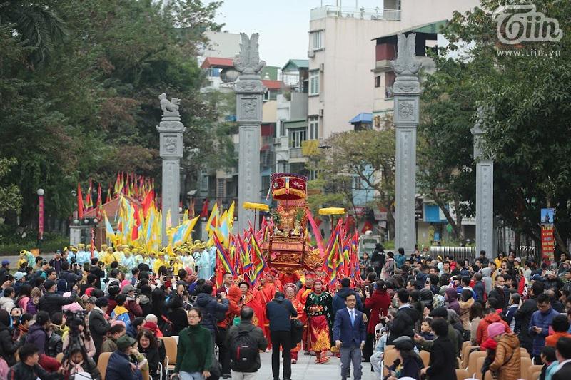 Lễ hội gò Đống Đa: Hàng nghìn du khách tế lễ, dâng hương 0