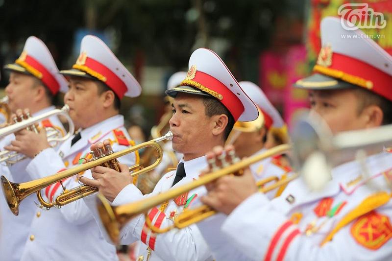 Lễ hội gò Đống Đa: Hàng nghìn du khách tế lễ, dâng hương 17
