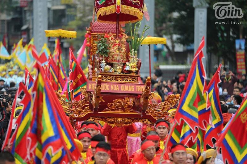 Lễ hội gò Đống Đa: Hàng nghìn du khách tế lễ, dâng hương 6