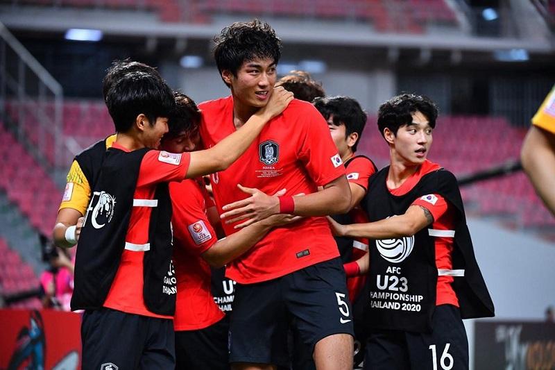 Dù chỉ xuất hiện ở góc,Jeong Seung-Won vẫn chiếm spotlight