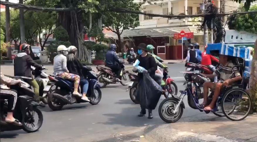 Hành động này của người Sài Gòn khiến ai nấy đều cảm thấy ấm áp.