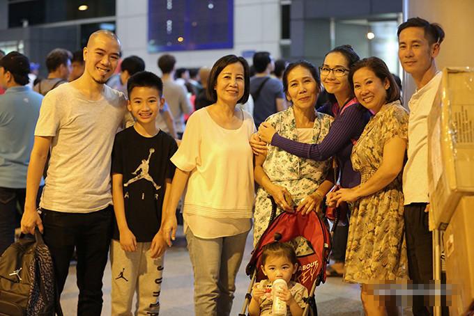 Tuy đãchia tay nhưng mối quan hệ củaDJ Phongvà gia đìnhKim Hiềnvẫn rất tốt.